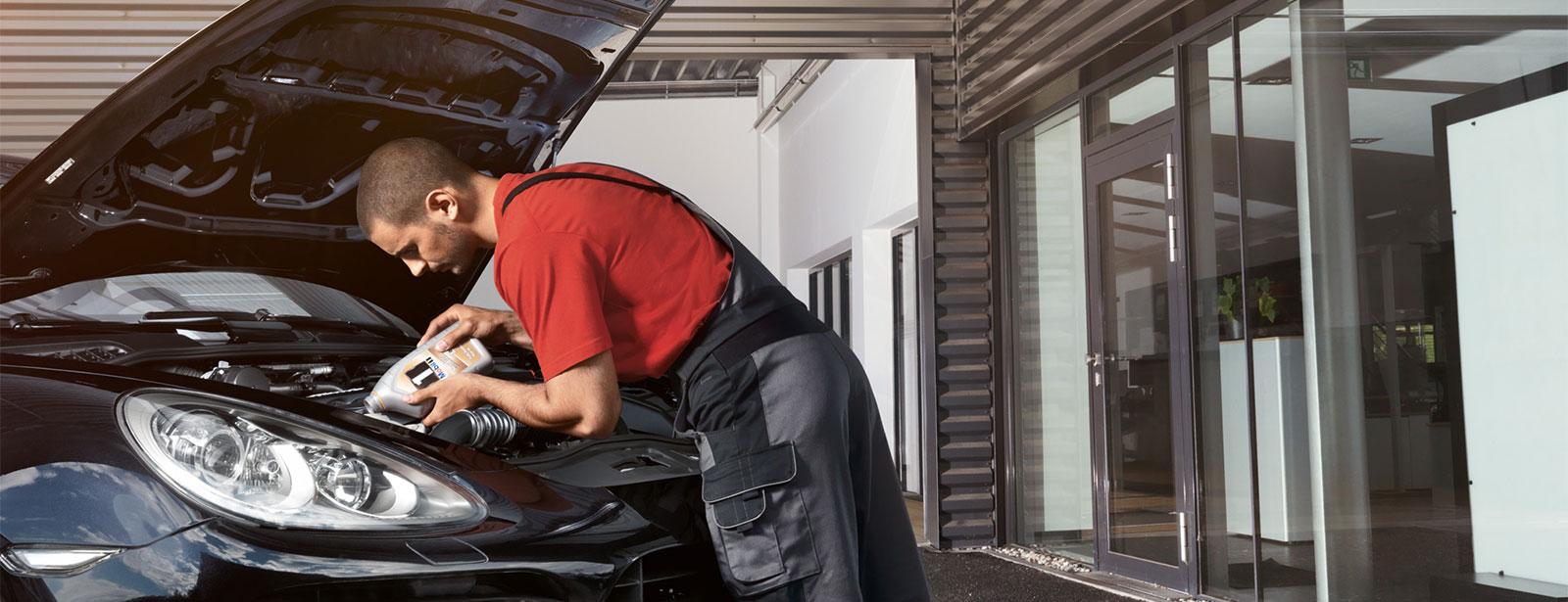 Serviceangebote | Porsche 33-Punkte-Check